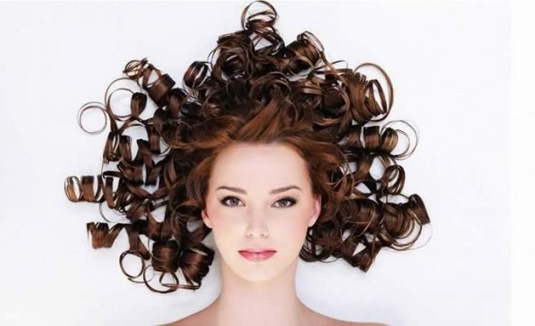 capelli ricci naturali