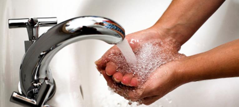 come lavarsi le mani bene