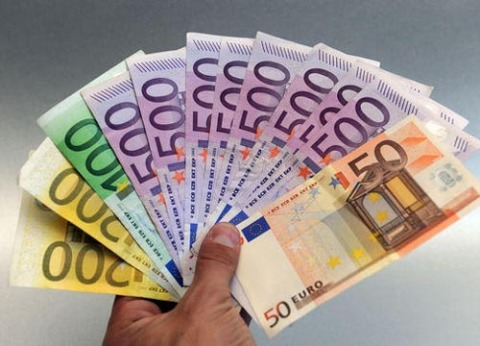 Milano, soldi e inflazione -  crisi economica e carovita