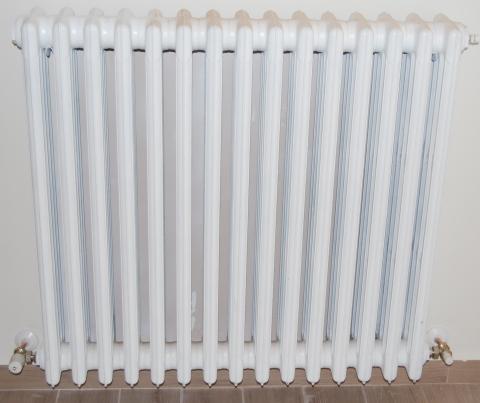 Come pulire i termosifoni scopri come fare - Come fare l impianto idraulico del bagno ...