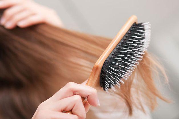 Come-pettinare-i-capelli-lunghi