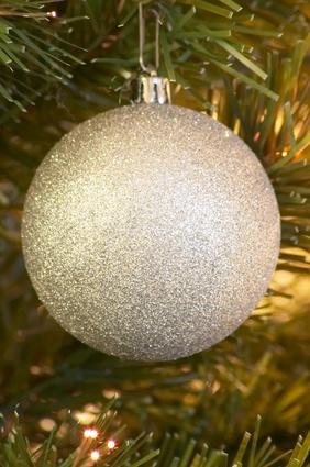 Come fare decorazioni natalizie con il polistirolo for Decorazioni polistirolo