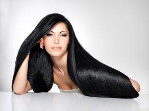 come-scurire-capelli-naturalmente