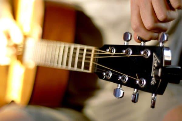 come-accordare-la-chitarra