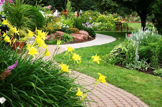 come-fare-vialetto-giardino