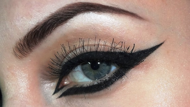 come-mettere-eyeliner-trucco