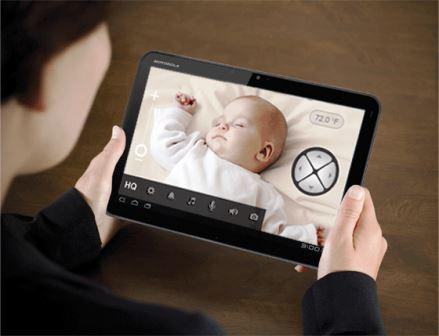 baby-monitor-neonato-controllo