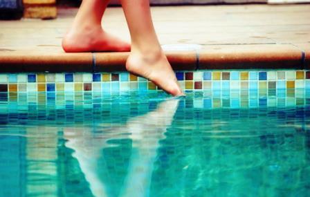 come-risparmiare-manutenzione-piscina