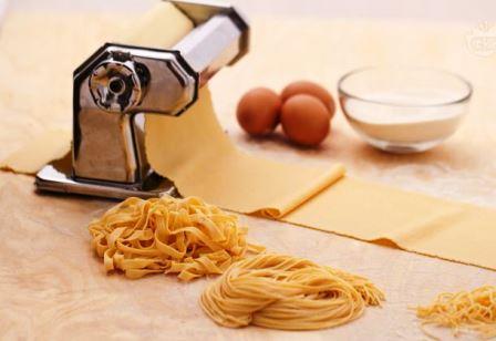 Macchine per fare la pasta in casa - Macchine per pasta in casa ...