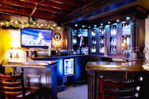 Come arredare l angolo bar for Angolo bar per casa