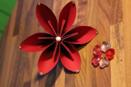 fiori-carta-natale