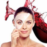 Maschera di bellezza con il vino rosso