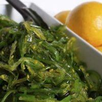 Cucina alghe wakame giappone
