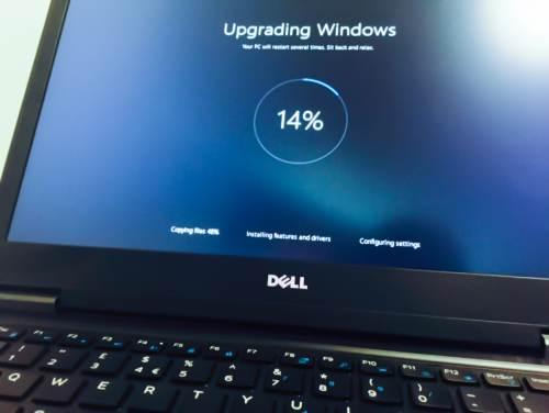 disattivare aggiornamenti in windows 10