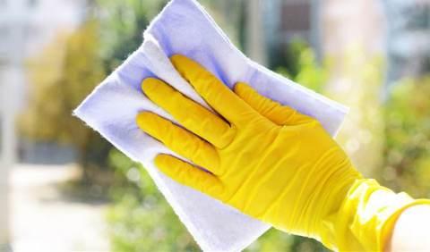 pulire vetri finestre
