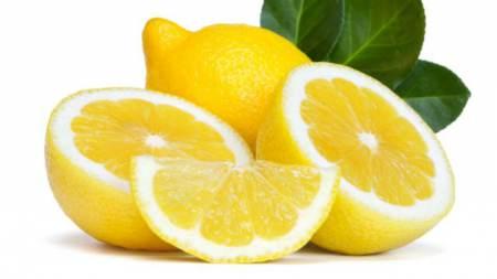 limone per sbiancare i denti