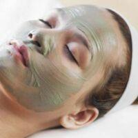 maschera per i brufoli verde