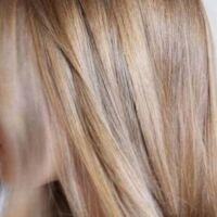 camomilla per schiarire i capelli