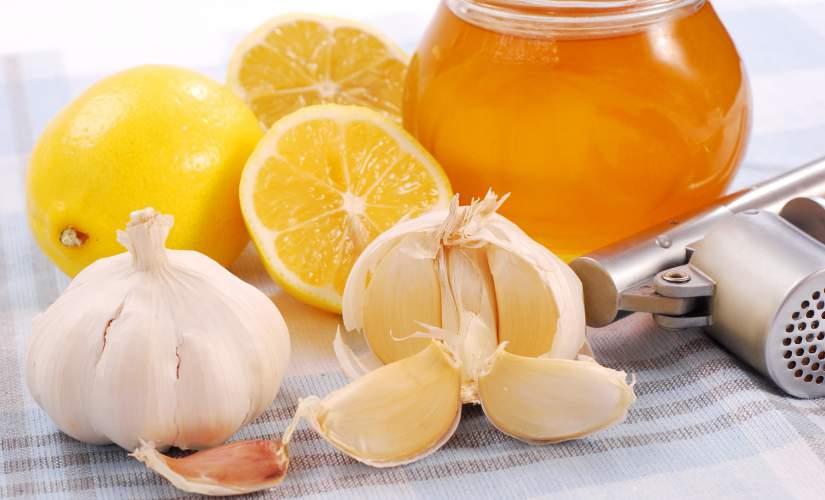 rimedi naturali abbassare il colesterolo