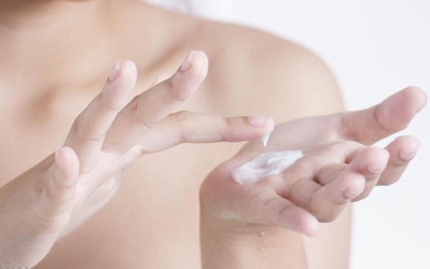 idratare le mani