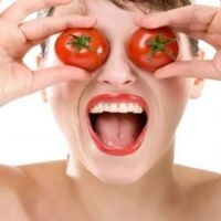 trattamento per pelle grassa con pomodoro