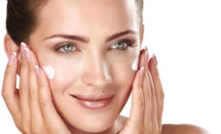 preparare la crema notte per il viso