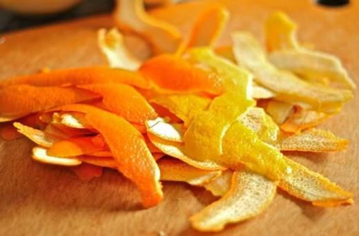bucce di arance e limoni