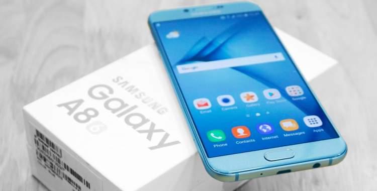 recensione telefono galaxy a8