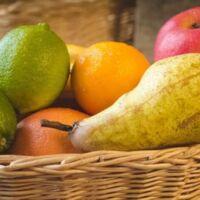 come eliminare i moscerini della frutta