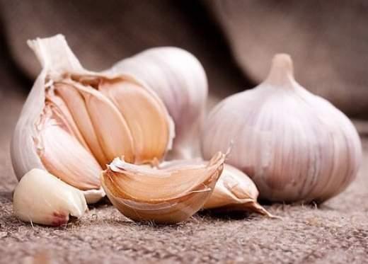 Curare le unghie incarnite con aglio for Quando piantare l aglio