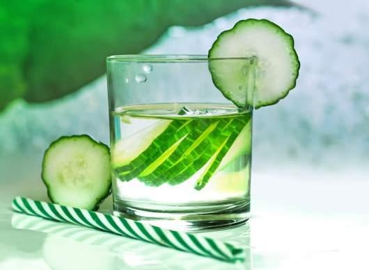 acqua purificante al cetriolo