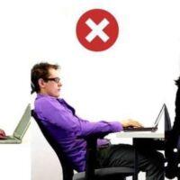 postura davanti al computer portatile