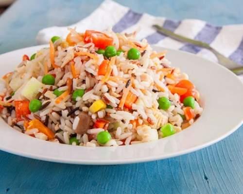 come si fa l'insalata di riso
