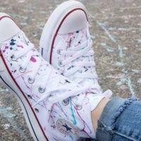 colorare le scarpe