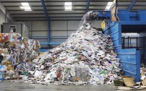 rifiuti di carta