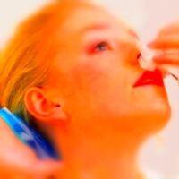 come fermare il sangue dal naso