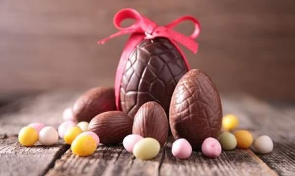 fare le uova di cioccolato