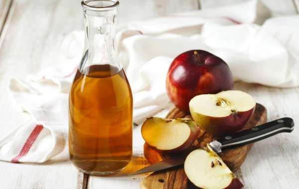aceto di mele contro la forfora