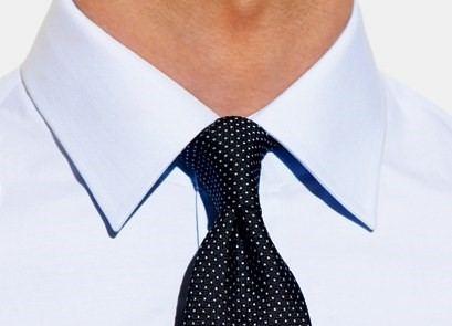 nodo piccolo per la cravatta
