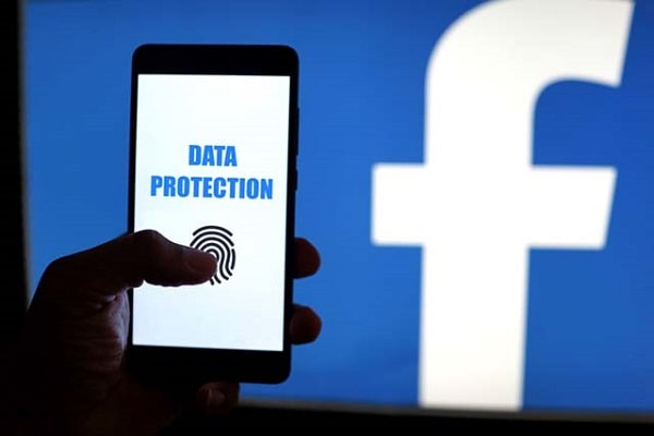 controllare sicurezza facebook