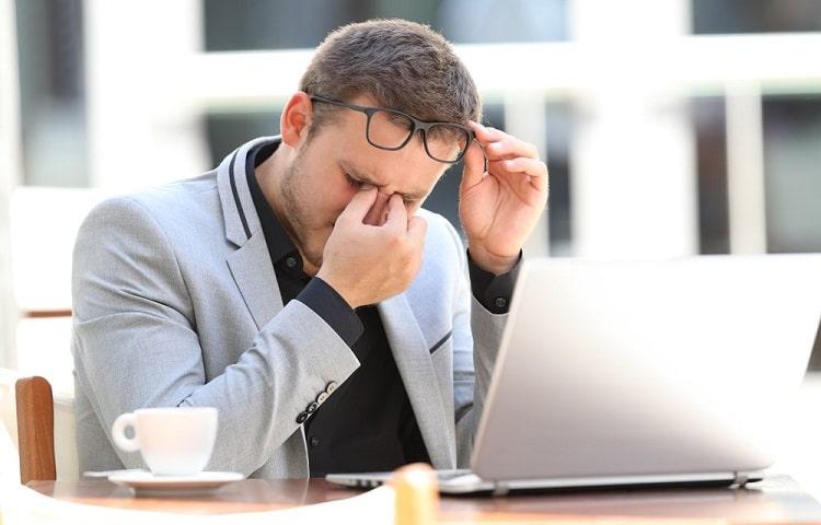problemi agli occhi per utilizzo computer