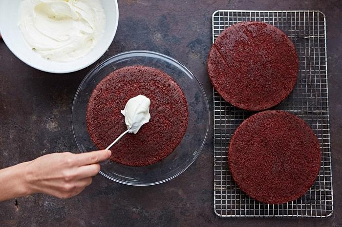 farcire torta red velvet