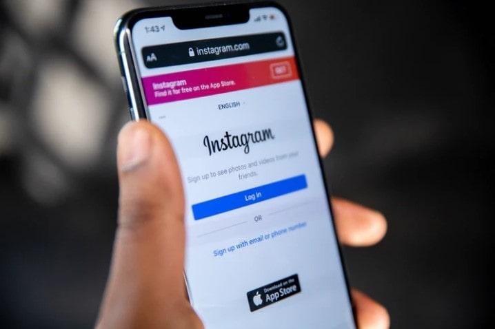 rimuovere instagram