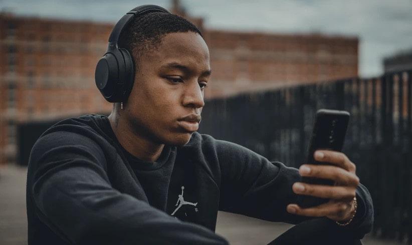 scaricare musica dal telefono gratis
